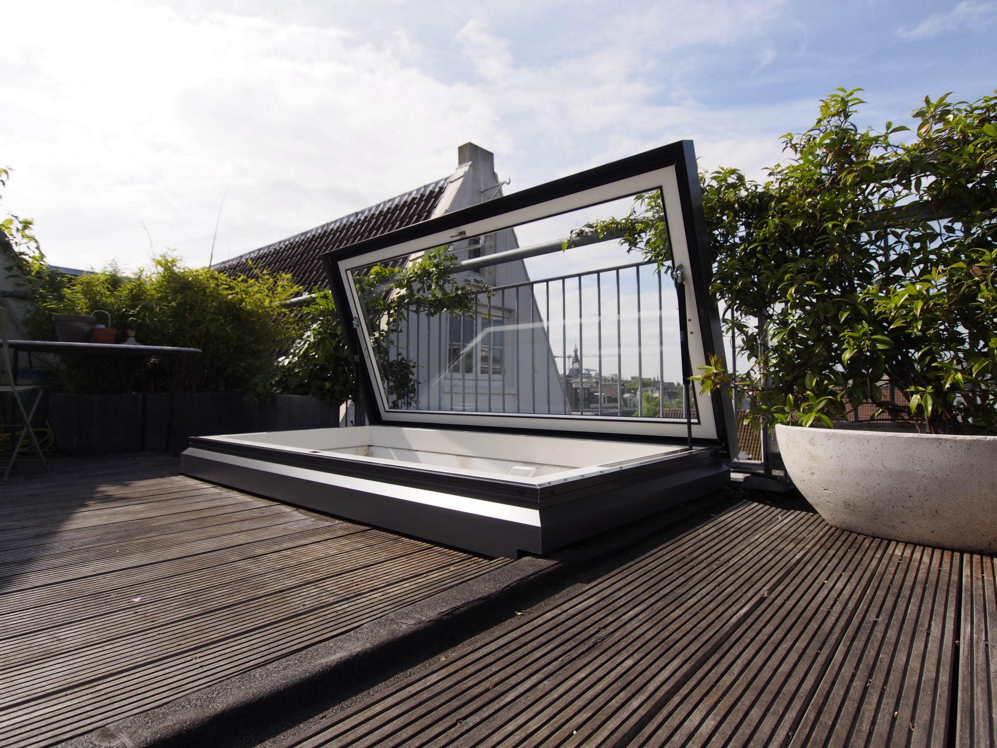 Access Hatch Roof Windows Electric And Manual Opening
