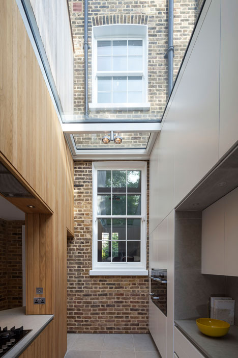Curvy timber extension