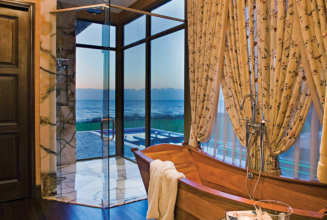 Acqua Liana ocean front shower